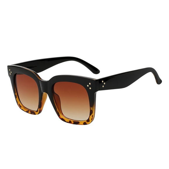59ed6b572a Black   Brown Tortoiseshell - Oversize Sunglasses